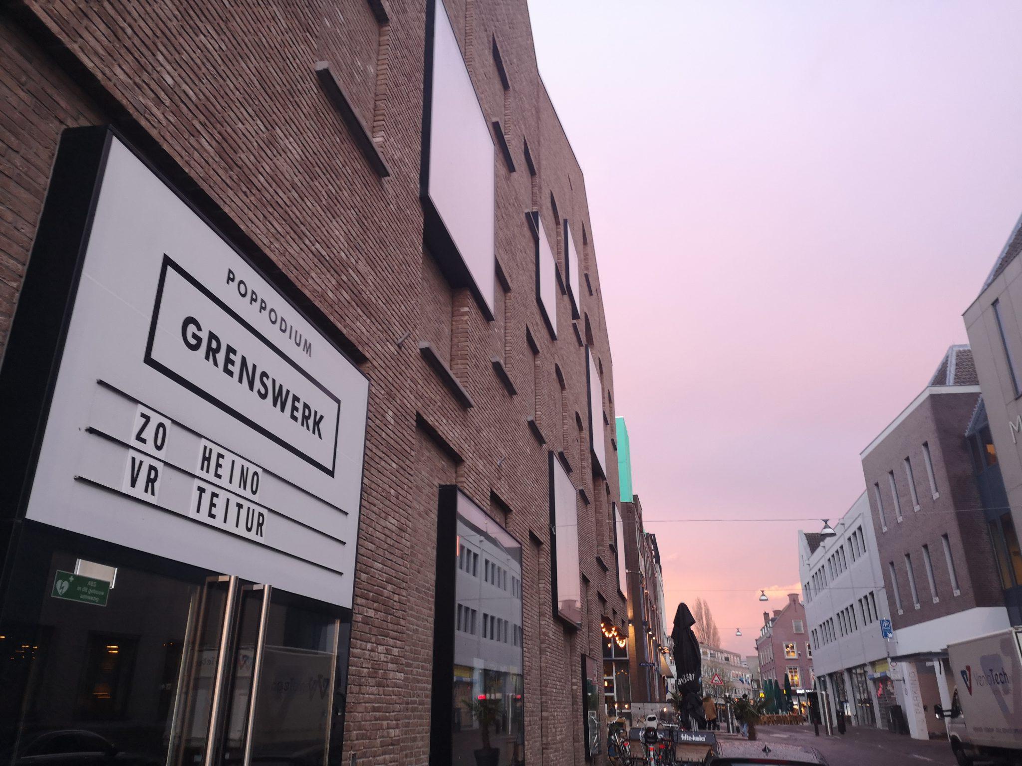 Heino vs. Teitur im Grenswerk Venlo.